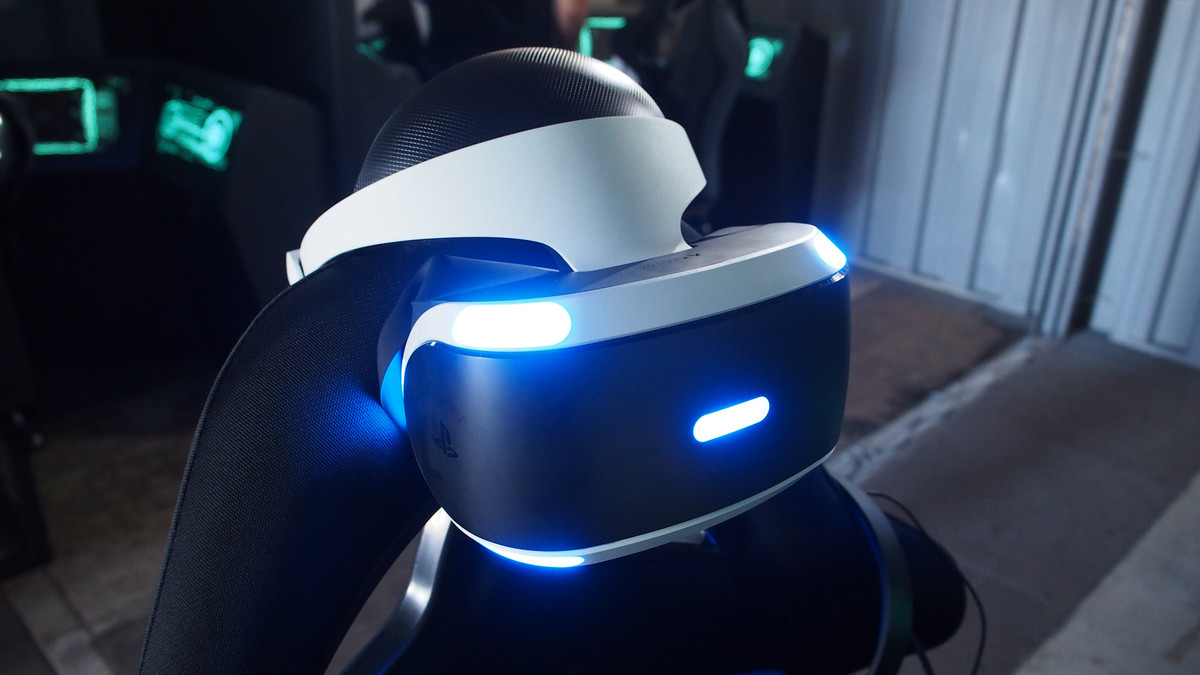 PlayStation VR helmet