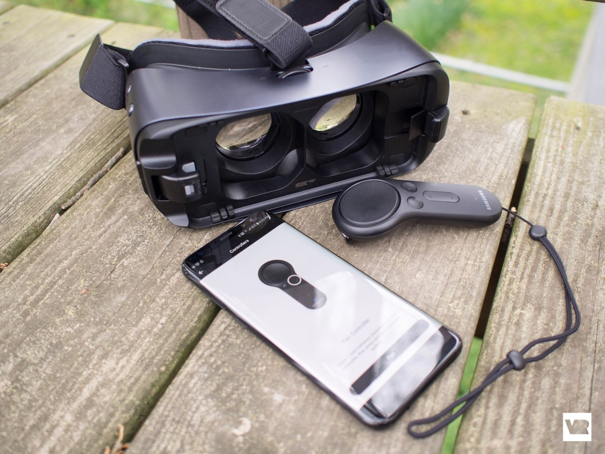 How to connect a Controller to your Gear VR | Best Tech Magazine