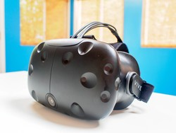 HTC Vive shipments down to 2-3 businesses days