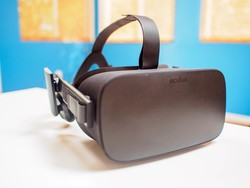 VRHeads is giving away an Oculus Rift! Enter now