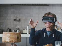 Save 50% on a Gear VR headset right now!