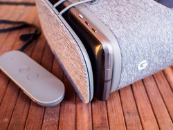Daydream View can hold more than you think