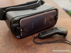 VRHeads is giving away a Samsung Galaxy S8 and Gear VR prize package