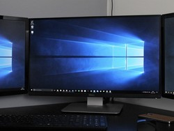 Do multiple monitors affect your VR headset's performance?