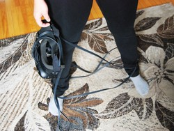 Get rid of VR cables on the floor with this smart, cheap solution