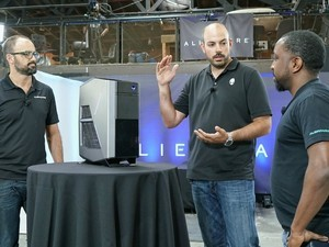 Alienware brings back the Aurora desktop for VR!