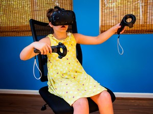 Can you enjoy the HTC Vive sitting down?