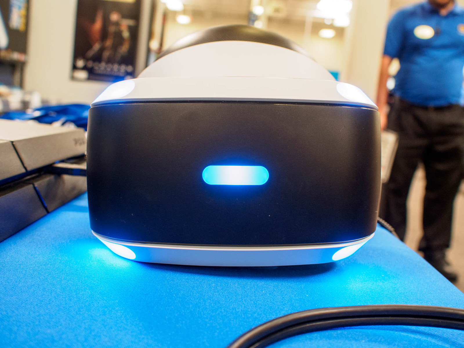How to protect your PlayStation VR lenses