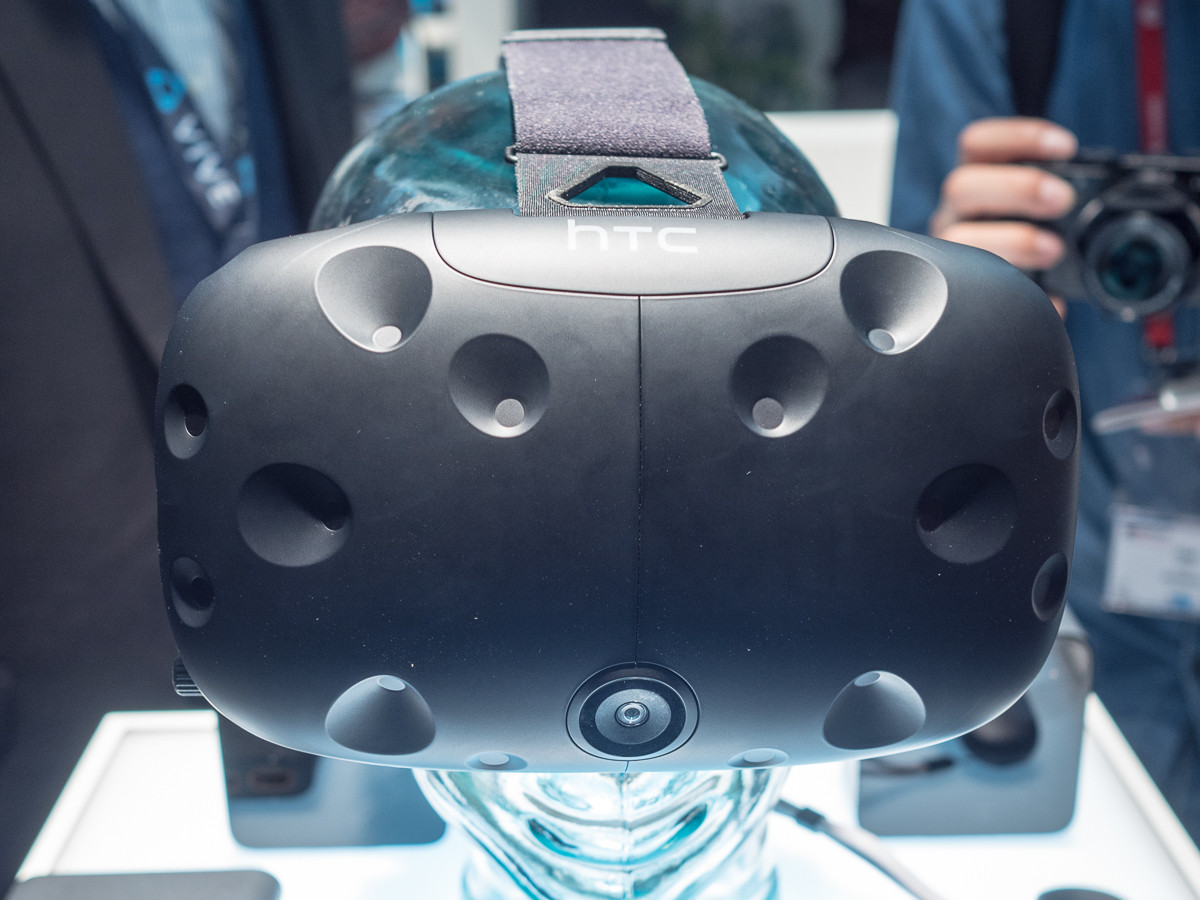 Everything you need to know about the new HTC Vive controllers