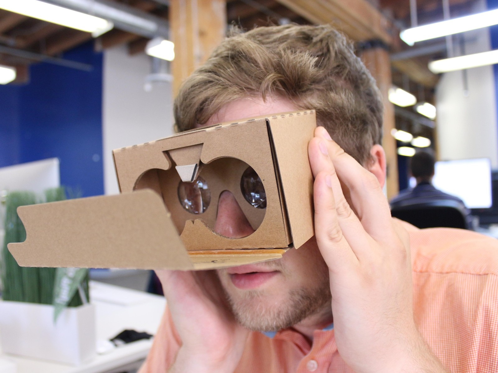 Before you slap the velcro strips on the side of the viewer, you'll want to try and line it up so you place them in line with your forehead temples. This should make for a more comfortable Cardboard experience.