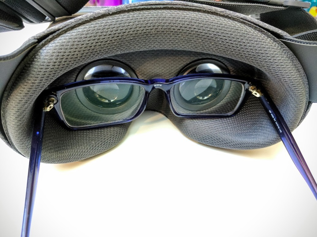 1c34234221 Nobody wants to spend the time and money involved in picking up and setting  up a new VR headset just to find that it doesn t seem to fit right because  they ...