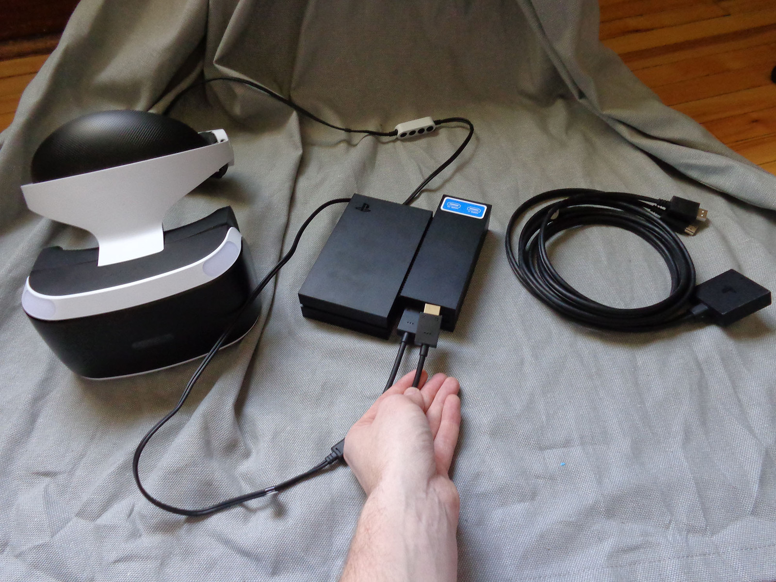 Remove the extension cable and plug the HMD directly into the processing unit.