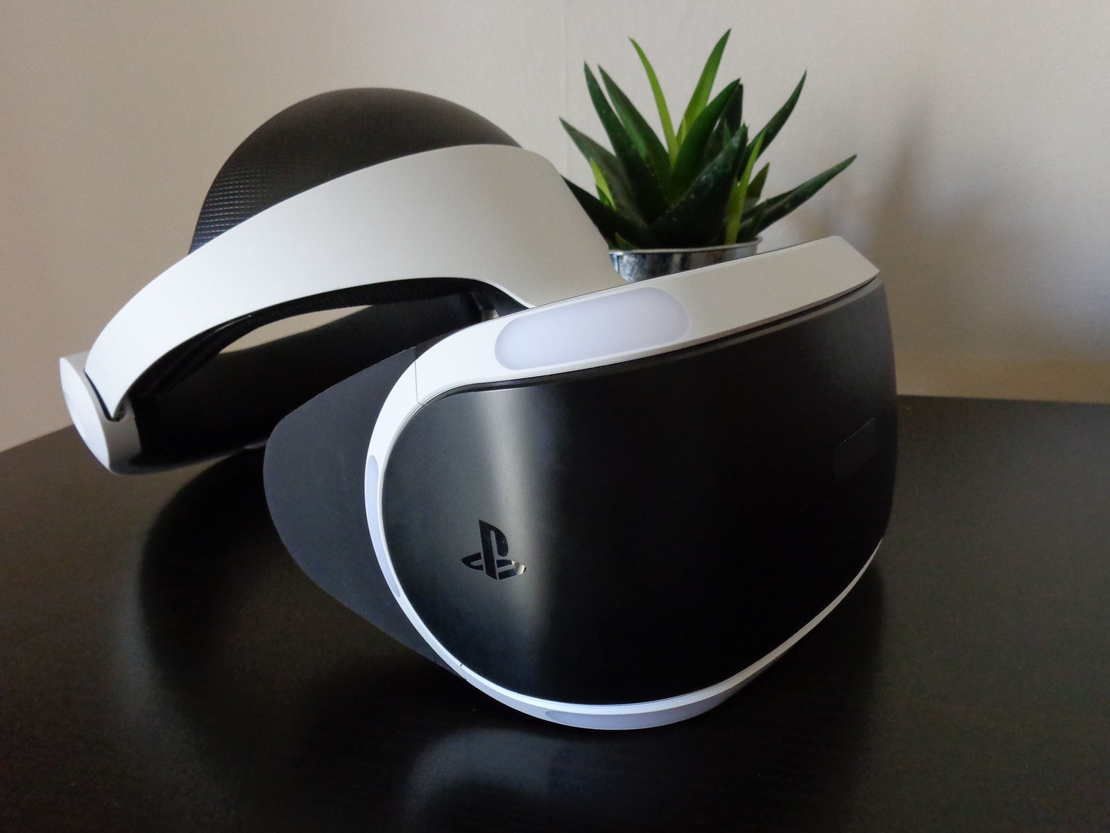 24874f5353a How to get the perfect PlayStation VR room setup