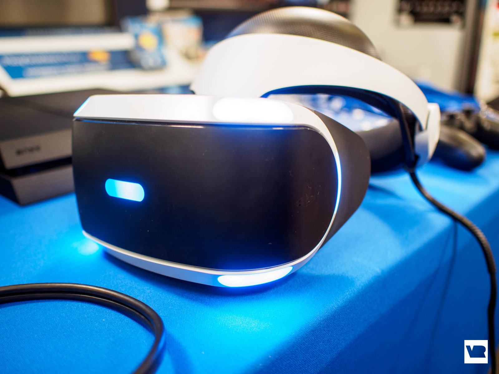 PlayStation VR: why there's no screen-door effect