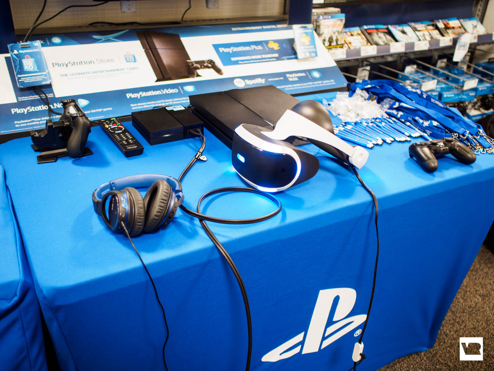 PSVR demo table