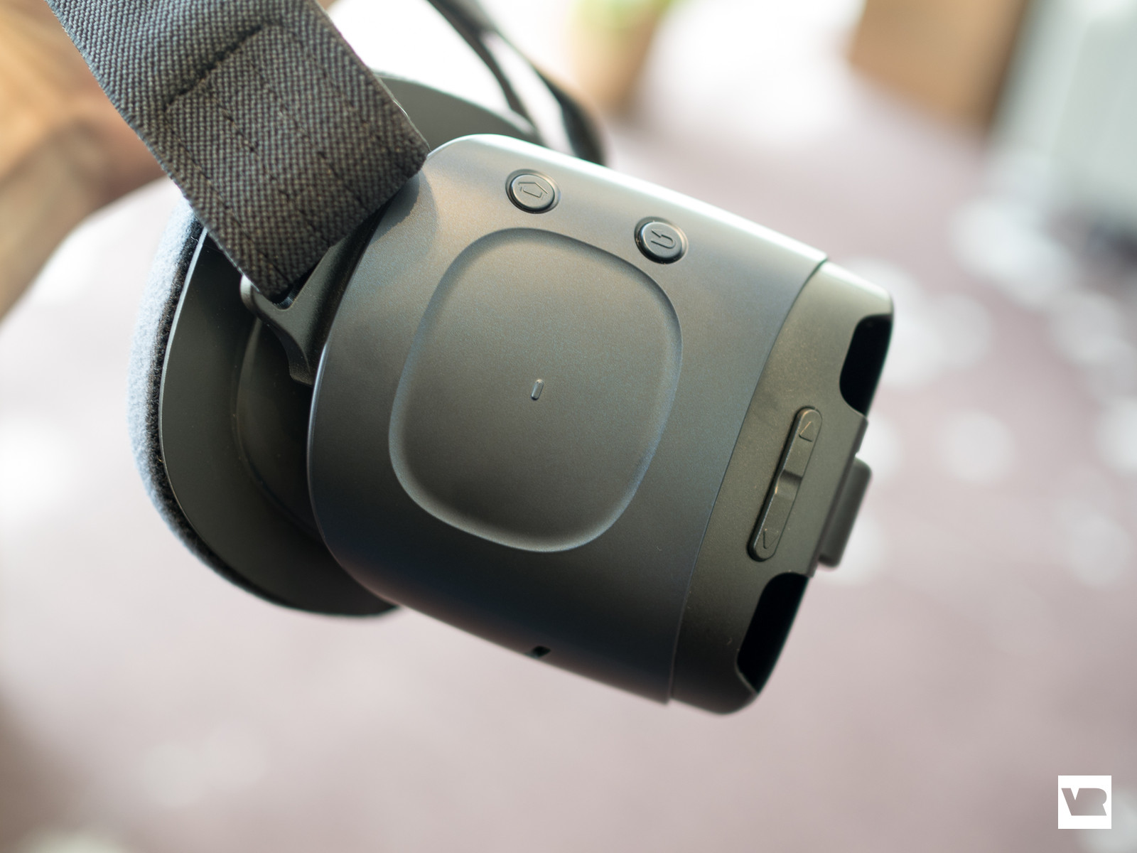 725107b4271 PlayStation VR vs Samsung Gear VR  which one should you buy
