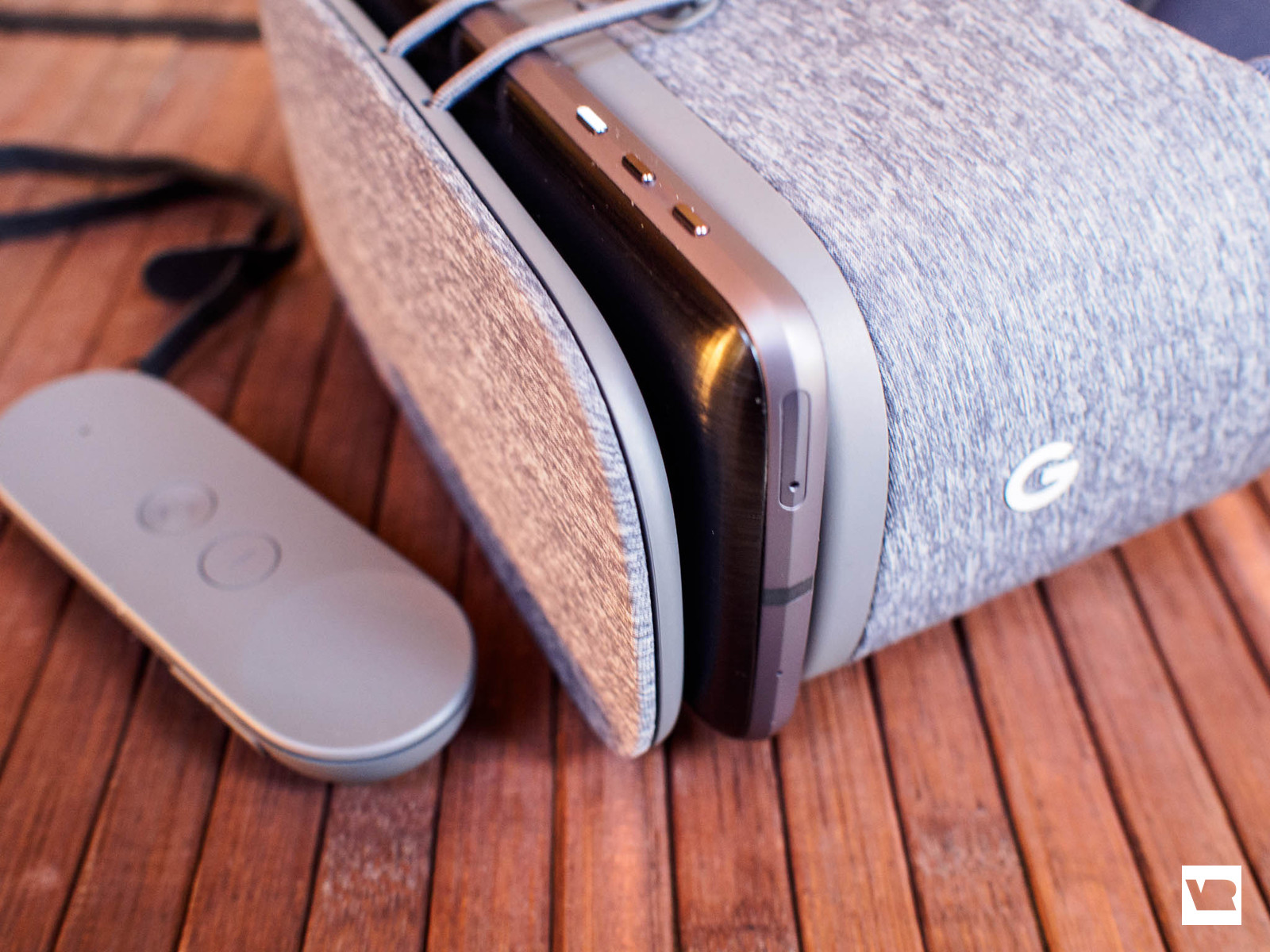 d56cfafc15a If you ve used a Samsung Gear VR or Google Cardboard headset before