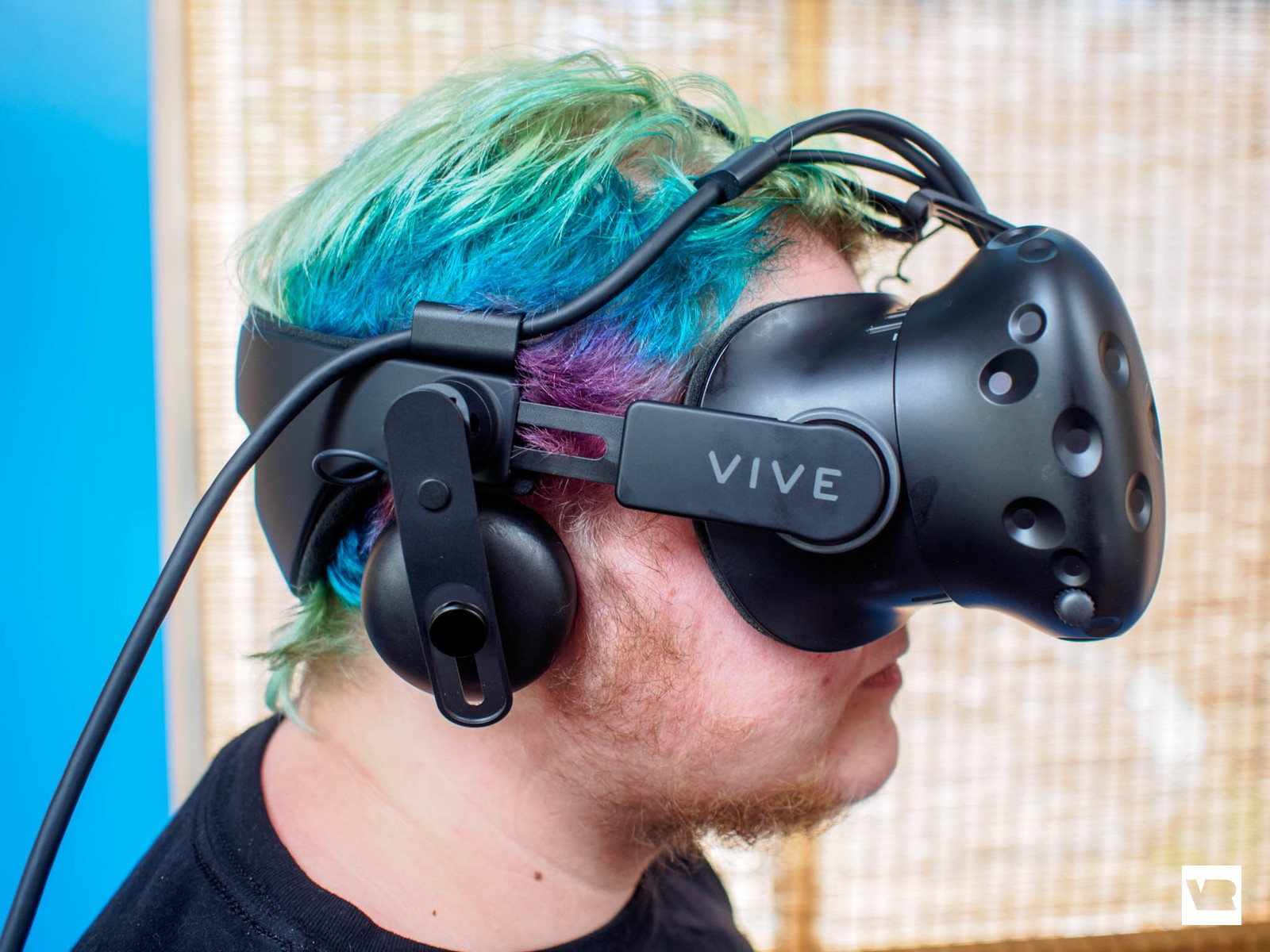 46f3a879e53 The best way you can set up an HTC Vive is to have an entire room (or most  of a room) dedicated to the experience. This headset was built to be  enjoyed ...